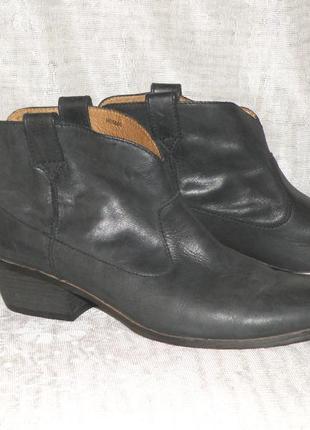 Кожаные ботинки р.40-41 esprit