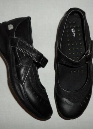 Туфли clarks натуральная кожа р. 39 ст. 25,7 см