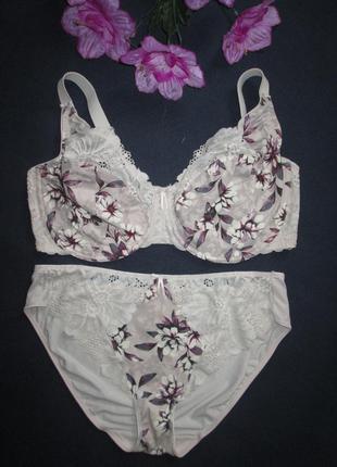 Комплект нижнего белья в цветочный принт marks & spenser