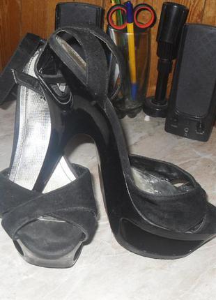 Оригинальные туфли-босоножки centro 39разм.