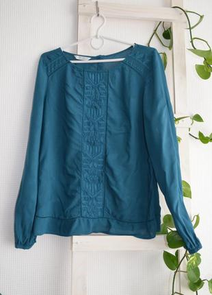 Блузка с вышивкой promod