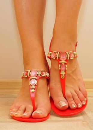 Силиконовые сандали с камнями в наличии