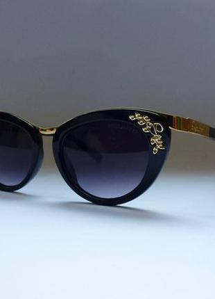 Стильные очки с красивым декором dsquared.