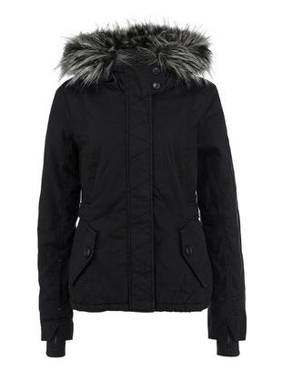 Куртка спортивная брендовая bench, осень-зима, черная с меховым капюшоном, s