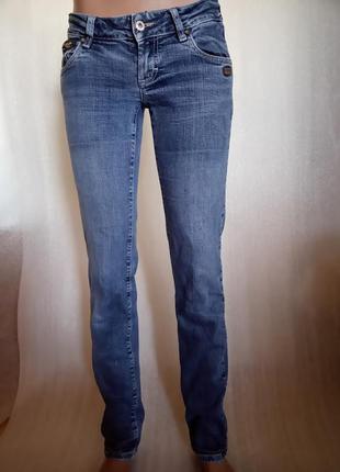 Классные узкие джинсы gang brand