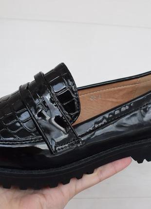Черные туфли в наличии 36,37,38,40