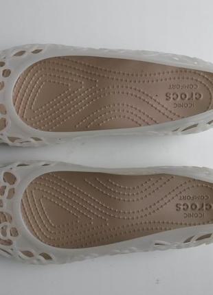 Балетки crocs adrina