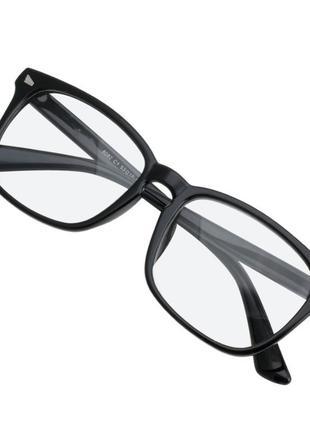Стильные молодежные имиджевые очки в черной оправе