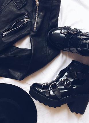 Трендовые ботинки topshop
