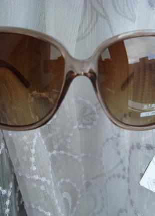 Новые женские солнцезащитные очки пластик (поляризация) uv 400