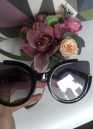 Стильные солнцезащитные очки, кошачьи глазки