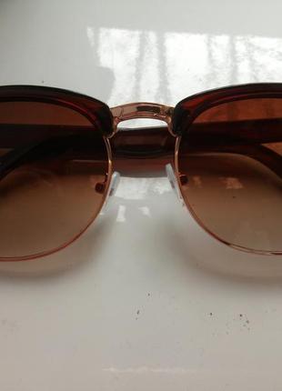 Крутые очки солнцезащитные