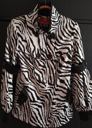 Шикарный плащ зебра