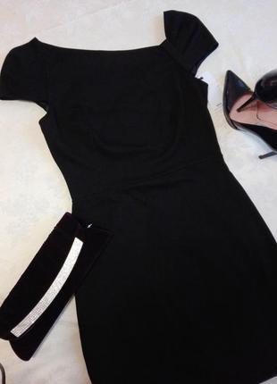 Черное платье-футляр на подкладке
