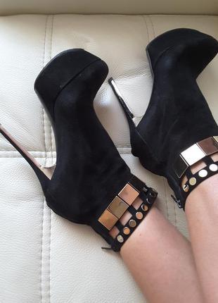 Итальянские сапоги ботинки р. 39 как новые! мега крутые! оригинал италия