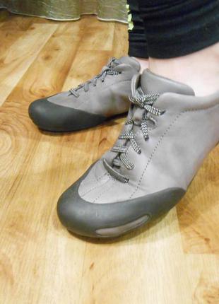 Кожаная обувь camper