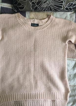Нежно-розовый свитерок