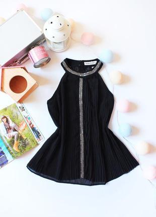 Красивая шифоновая блуза с плиссировкой бренда madame elysees