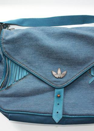 Небольшая сумочка от adidas originals