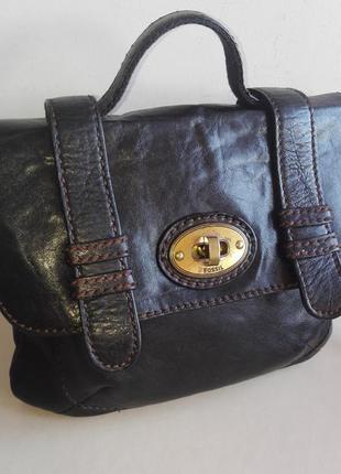 Актуальная кожанная сумка fossil