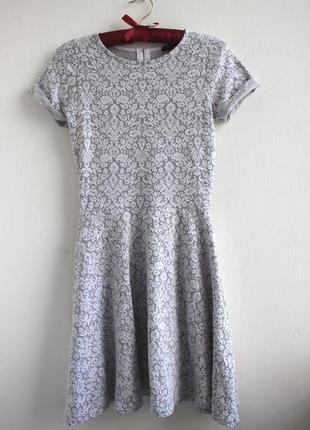 Шикарное фактурное платье солнце клеш river island