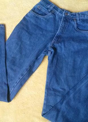 Качественные джинсы на худеньких