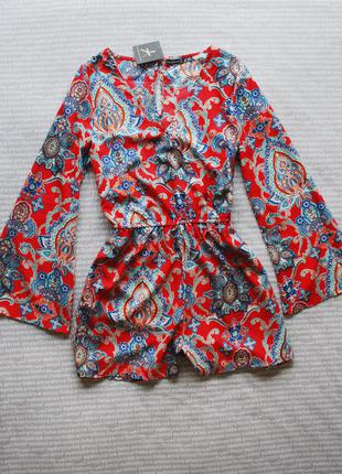 Комбез комбинезон с клешеными рукавами красный с узорами шортами купить цена
