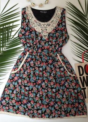 Платье с цветочным принтом и кружевом select