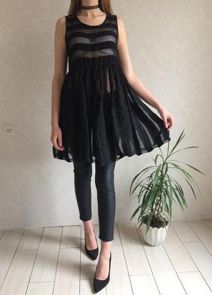 Невероятная удлиненная прозрачная блузка в полоску в сводном стиле