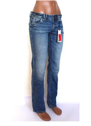 Стильные джинсы на стройную девушку, р-р xs- s (44 наш ), доставка бесплатно.
