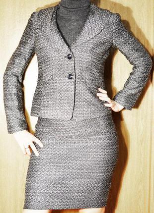 Костюм с юбкой новый, юбочный костюм