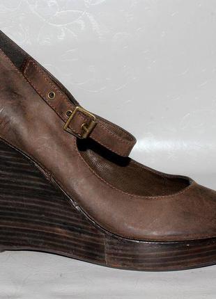 Туфли на платформе 41 р bata кожа оригинал