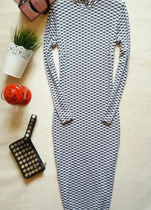 Шикарное платье миди в принт  f&f