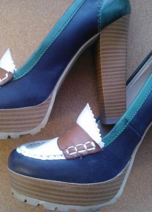 Туфли на платформе mia