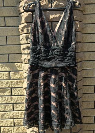 Шикарное платье с гипюром