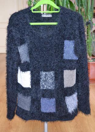 Мохнатый свитер