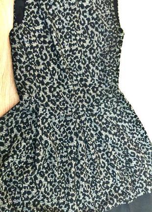 Красивое платье колокольчик stradivarius