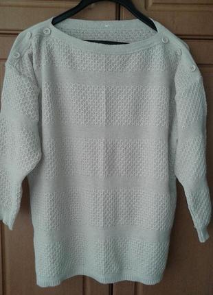 Продам новый свитер кофту