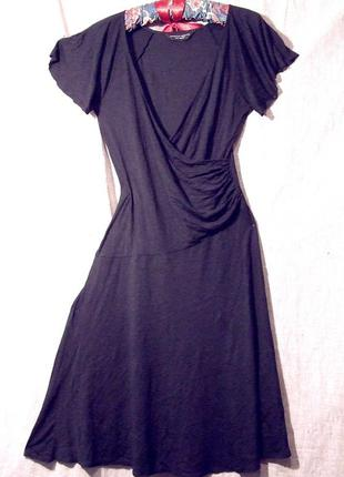 Легкое платье с драпировкой на груди и талии, тонкий трикотаж на 10-12р.