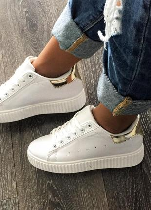 Must have супер стильные белые кроссовки