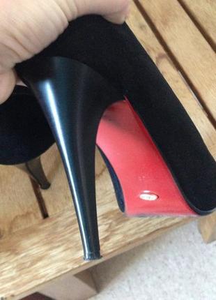 Туфли черные на высокой платформе