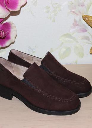 38,5 24,5см clarks кожаные закрытые туфли на широком каблуке