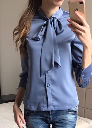 Красивейшая блузка с бантом