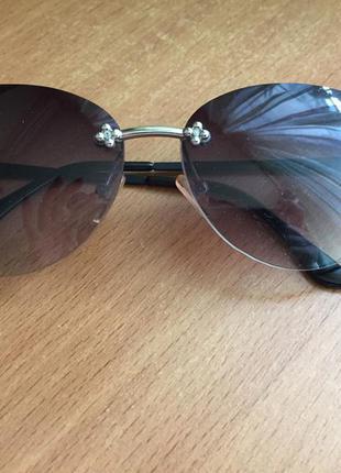 Продам классные очки в идеальном состоянии