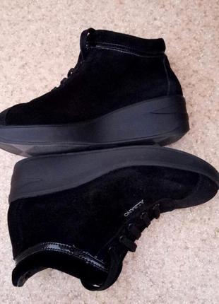 Фирменные ботиночки натуральный замш albano italy