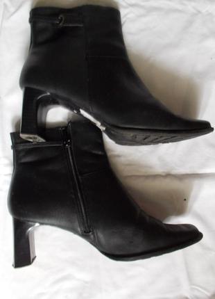 Ботильоны ботинки ботиночки полусапожки на каблуке р.37 barratts