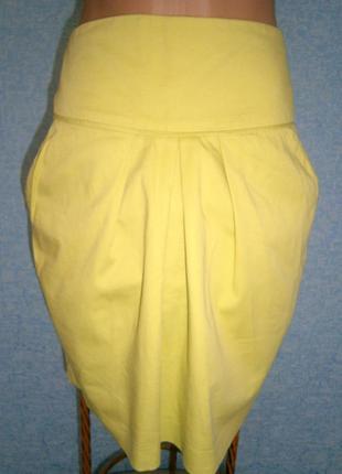 Юбка лимонного цвета с карманами размер м.