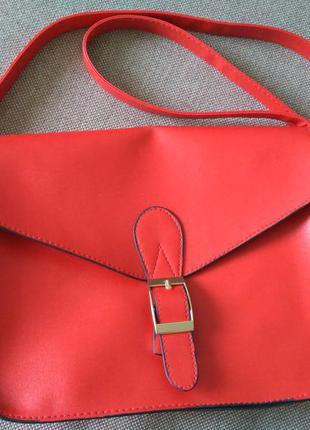 Красная сумка кросс боди