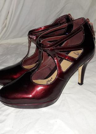 Туфли лаковые clarks 37-38размер