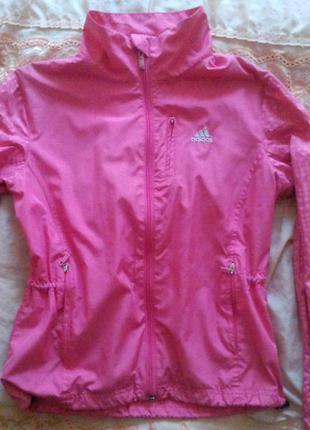 Спортивна курточка adidas
